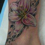Lily Tattoo (1)