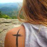 cross-tattoos-for-girls-12