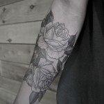 flower-tattoos-for-girls-56