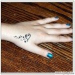 hand-tattoo-for-girls-1