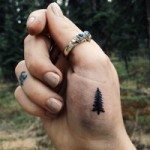 hand-tattoo-for-girls-21