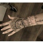 hand-tattoo-for-girls-30