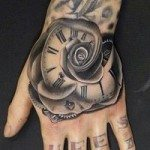 hand-tattoo-for-girls-35