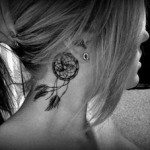neck-tattoo-for-girls-12
