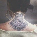 neck-tattoo-for-girls-26