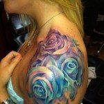 shoulder-tattoos-for-girls-37