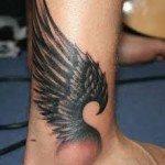 angel-wings-tattoos-37