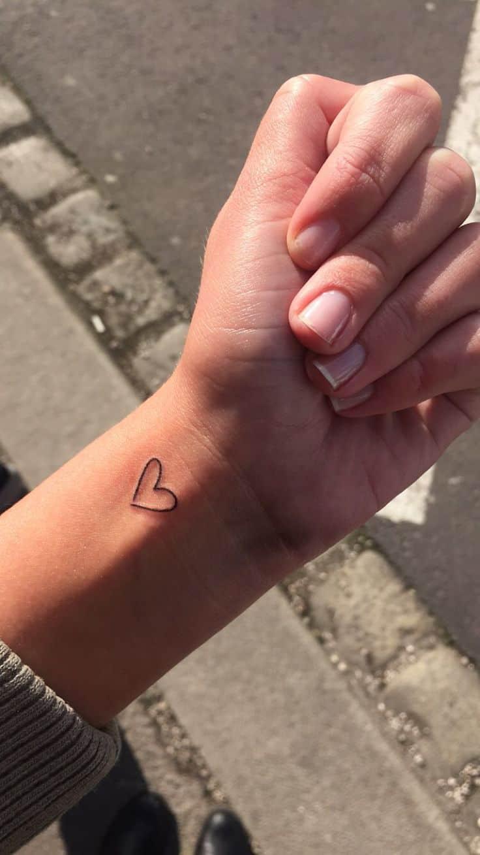 Simple Tattoo Ideas | Small Cool Cute Simple Tattoos Designs
