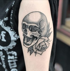 Black and Grey Tattoo Artist 24