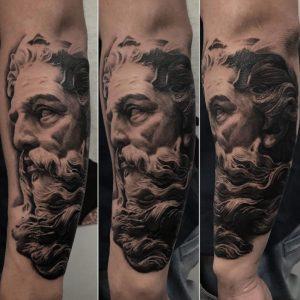 Black and Grey Tattoo Artist 51
