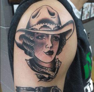 American Traditional Tattoo Artist 4