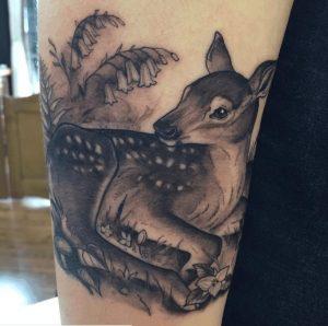 Black and Grey Tattoo Artist 27