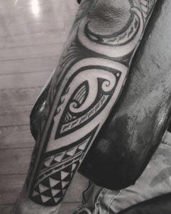 Polynesian Tattoo Artist 10