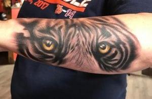 Chris Whorton Tattoo Artist 1