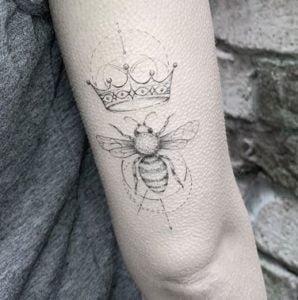 Minimalist Tattoo Artist Bicem 1